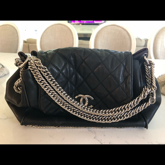 9470812fee069a Bags | Chanel Lambskin Large Quilted Bag | Poshmark